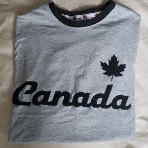 Canadiana tshirt🇨🇦